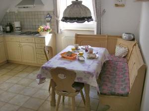 Ferienwohnung Vorsatz - Frühstückstisch